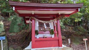 伊豆山神社、白山神社